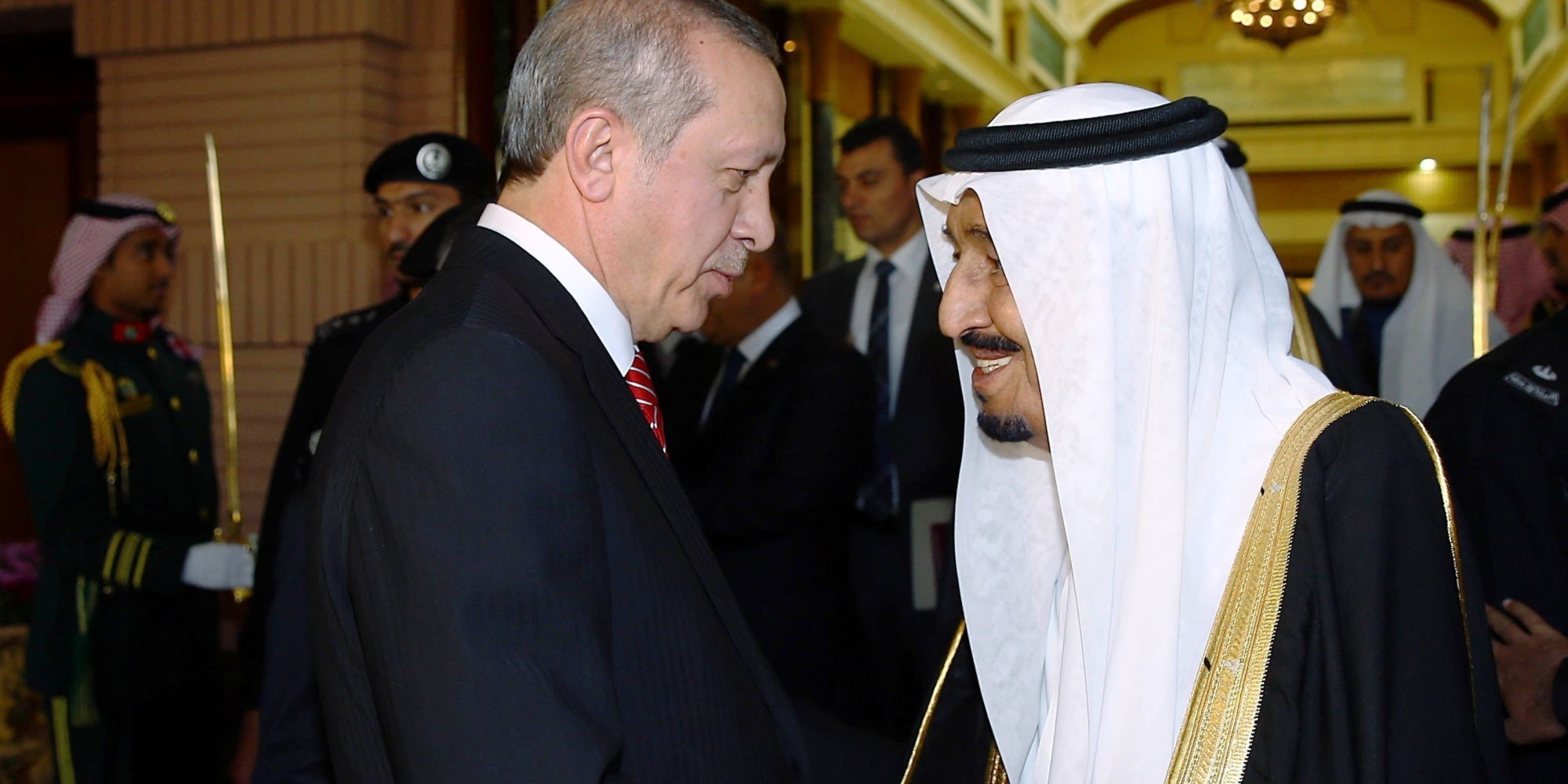 RIYADH, SAUDI ARABIA - MARCH 02: Turkish President Recep Tayyip Erdogan (L) is bid farewell by King of Saudi Arabia, Salman bin Abdulaziz Al Saud (R) after their meeting at Riyadh's Erga Palace in Saudi Arabia on March 02, 2015. (Photo by Kayhan Özer/Anadolu Agency/Getty Images)